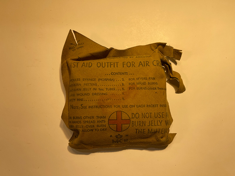 first aid outfit for aircraft