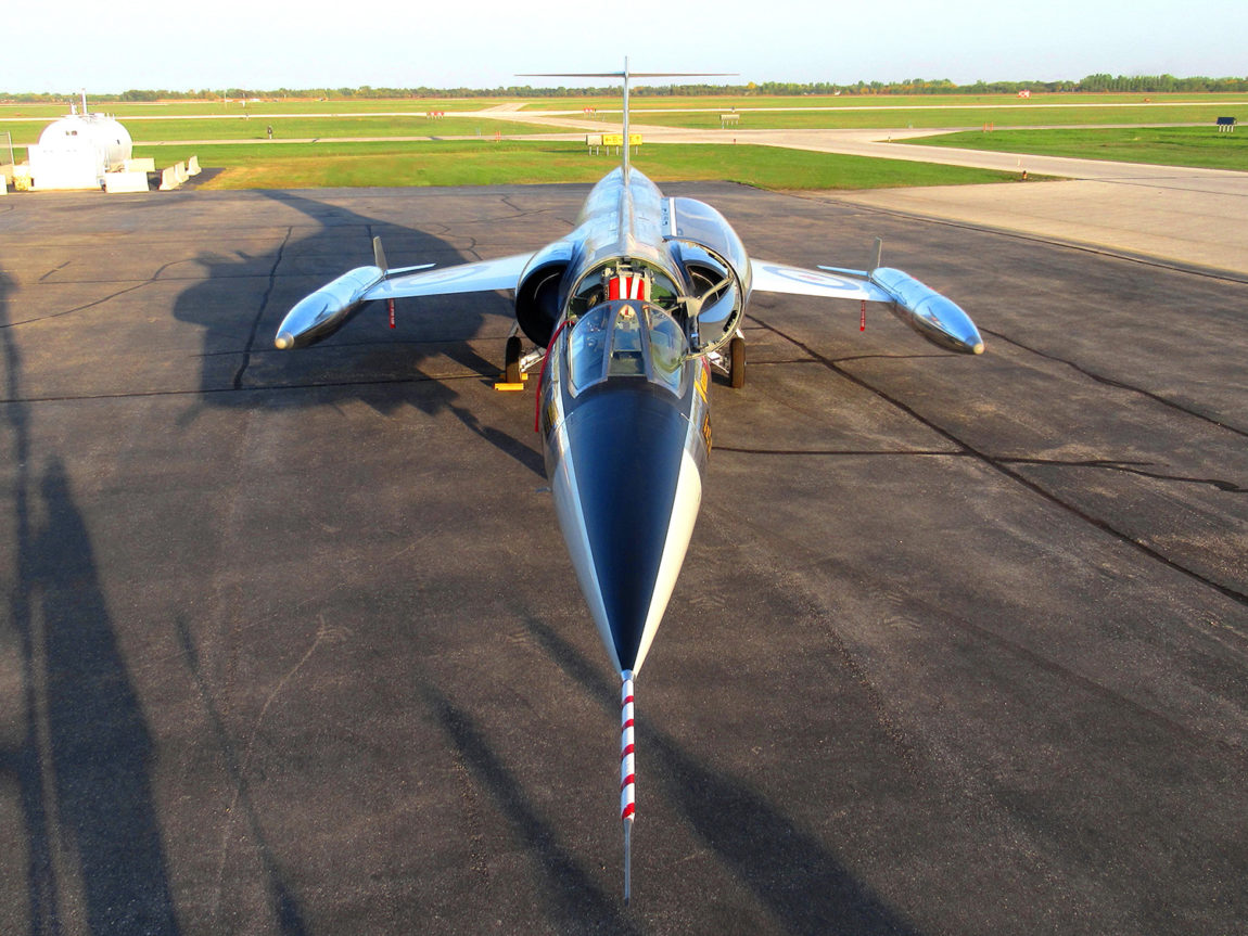 CF-104 Starfighter 12703 - Front