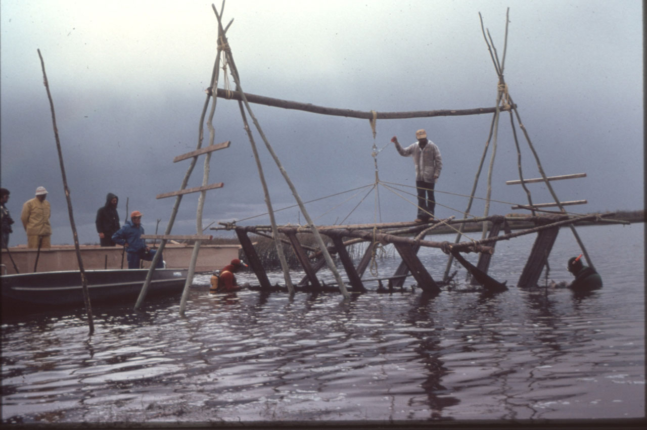 Lifting the hull